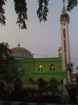 Une belle mosquée verte à Probolinggo, East Java