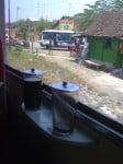 Du café de Java, dans le train, sur l'île de Java! :-)
