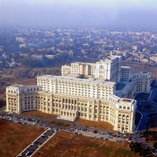 palais-parlement.jpg