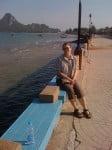 Prachuap: devant la belle petite baie de la ville. C'est un village de pêcheurs.